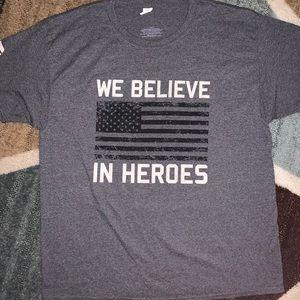 😎WE BELIEVE IN HEROES TEE SHIRT😎